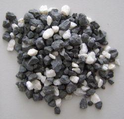 Tříděný akvarijní štěrk - černobílý 2l