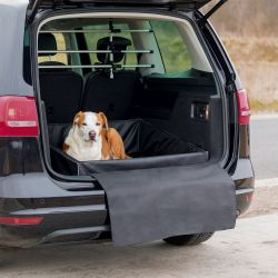Pelech pro psa do zavazadlového prostoru 95x75 cm černý